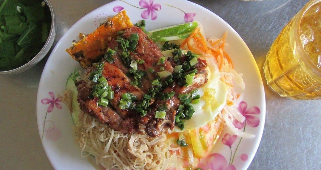 Cơm Tấm - Vietnamese 'Fry-up'