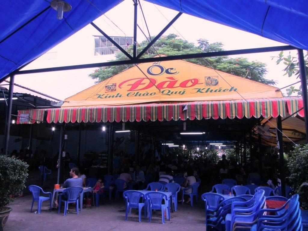 Oc Dao 1 Snail restaurant, Saigon, Vietnam