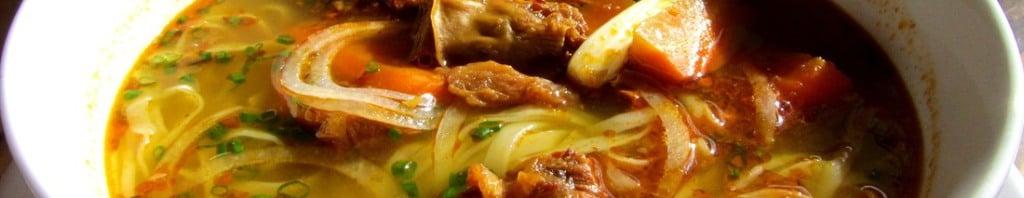 Bò kho (beef stew)
