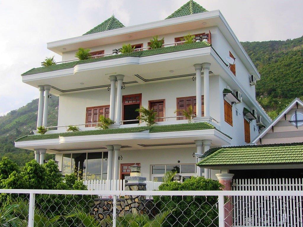 Hon Gom Sandbar, Van Duyen Motel, Vietnam