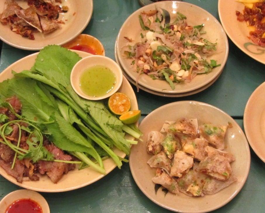 Bếp Than: Vietnamese Tapas