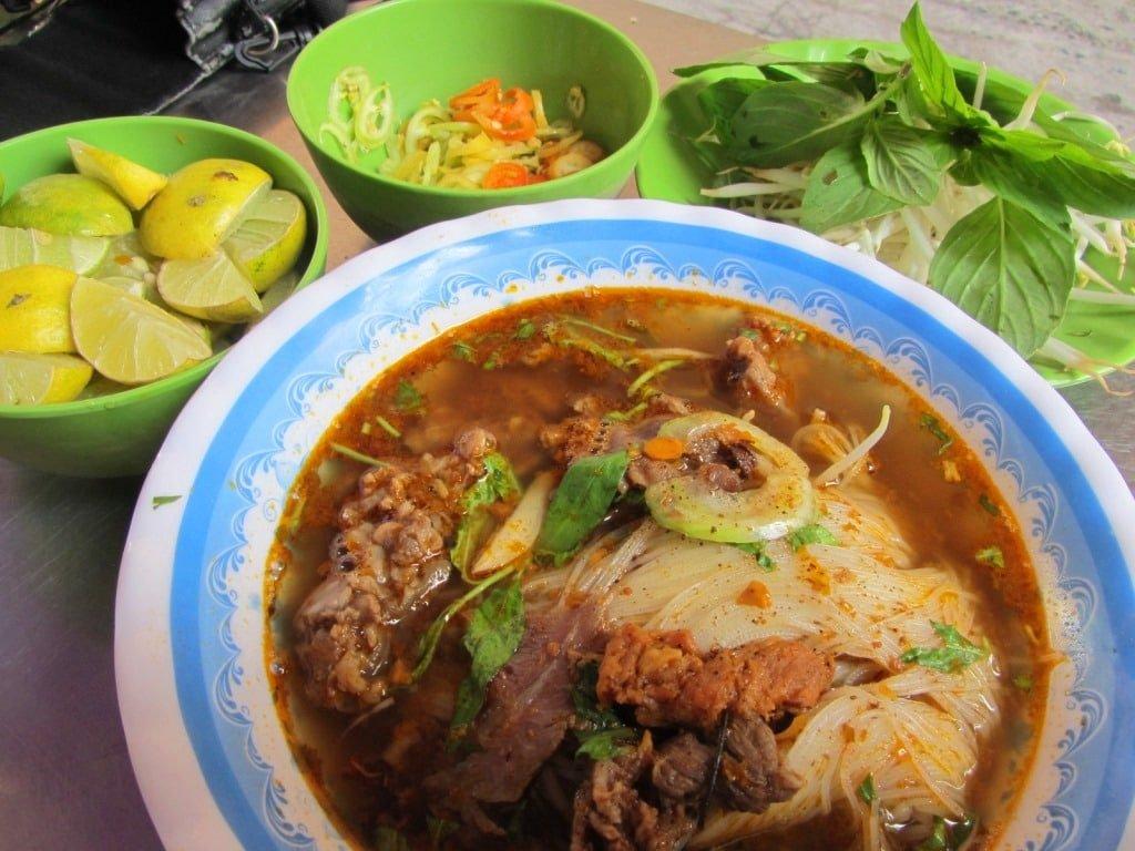 Beef stew: bò kho