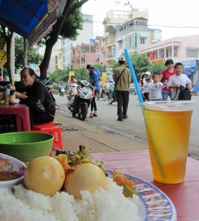 Local rice eatery (quán cơm bình dân)