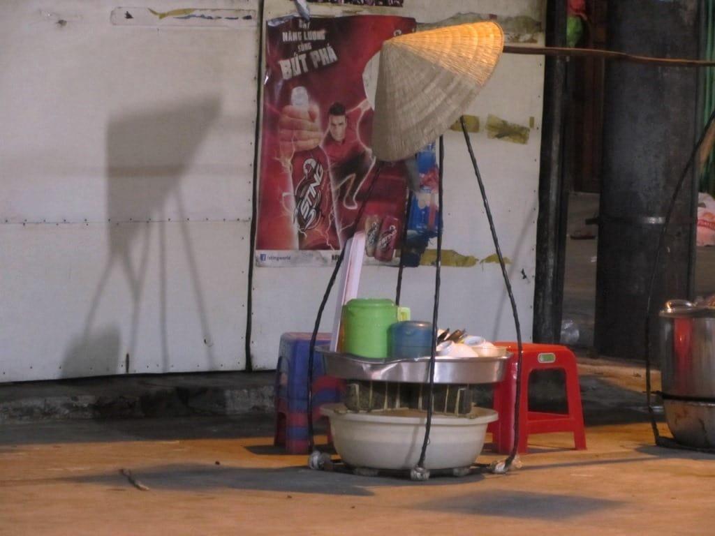 Street food vendor, Ho Thi Ky alleyways, Saigon, Vietnam