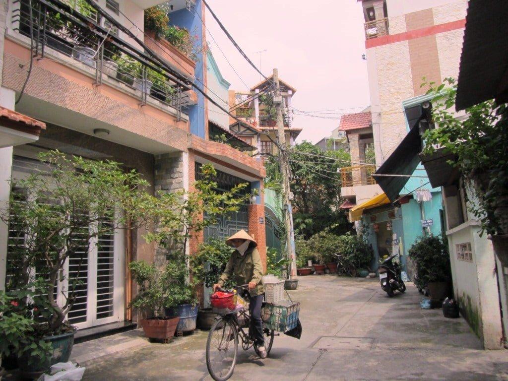 Le Van Sy alleyways, Saigon, Vietnam
