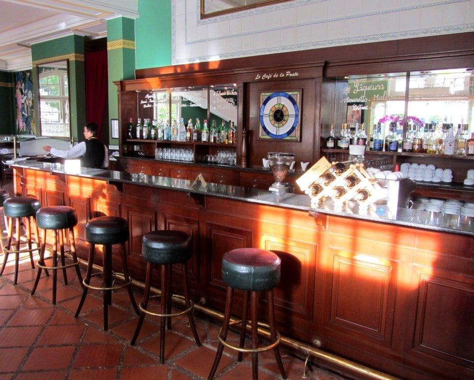 Colonial ambience: Le Cafe de la Poste