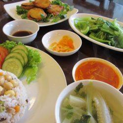 Excellent vegetarian food at Hoa Sen Restaurant