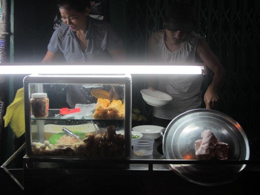 Night, street food vendor, Saigon