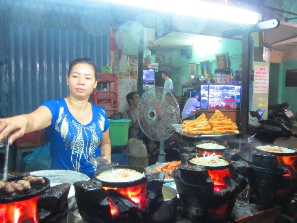 Banh xeo street food vendor, Saigon
