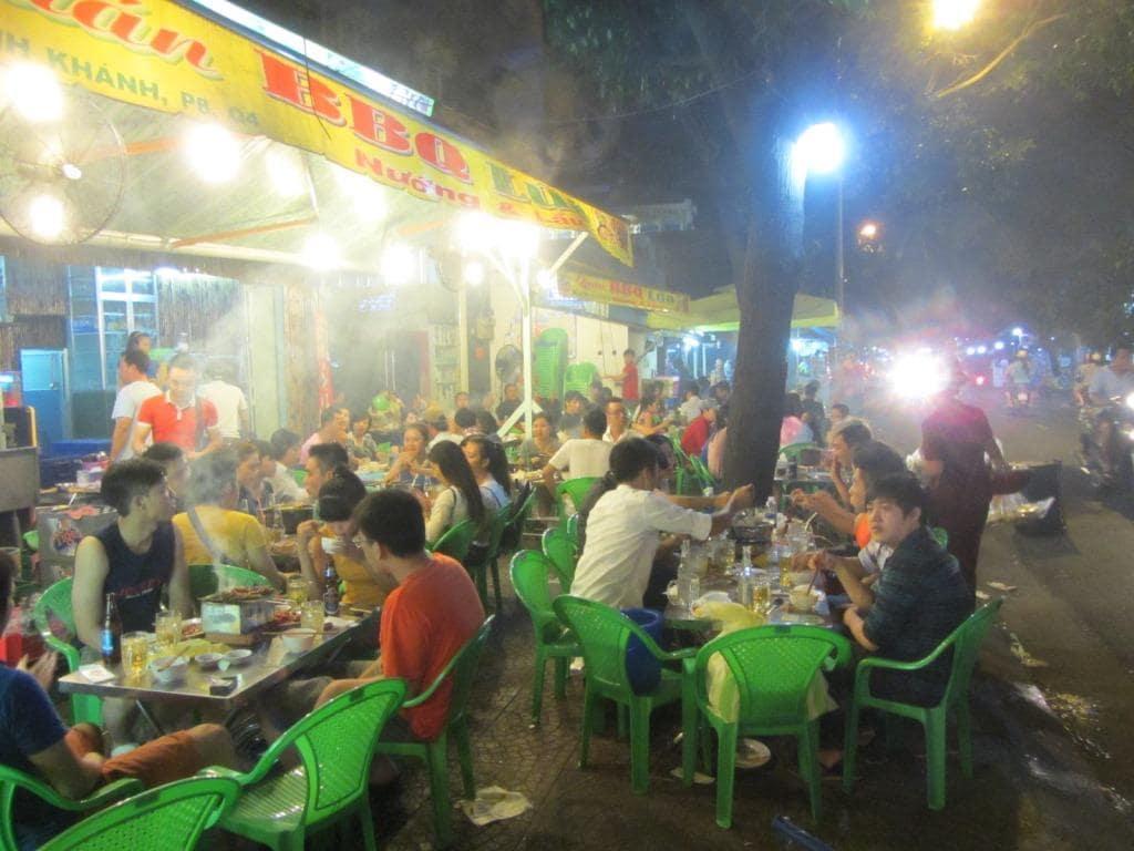Vinh Khanh street food, Saigon