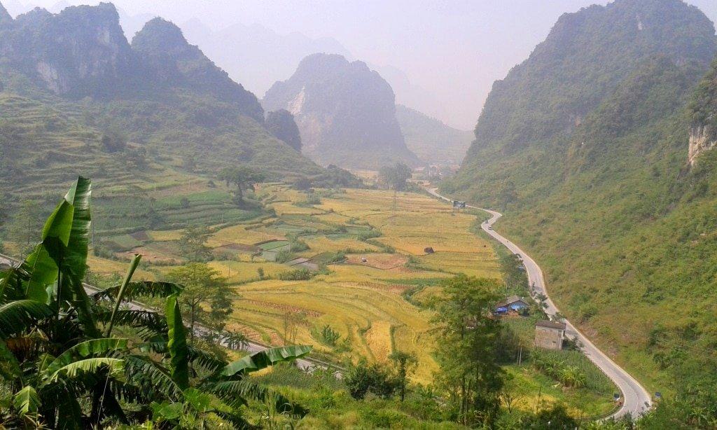 Beautiful roads, Cao Bang Province