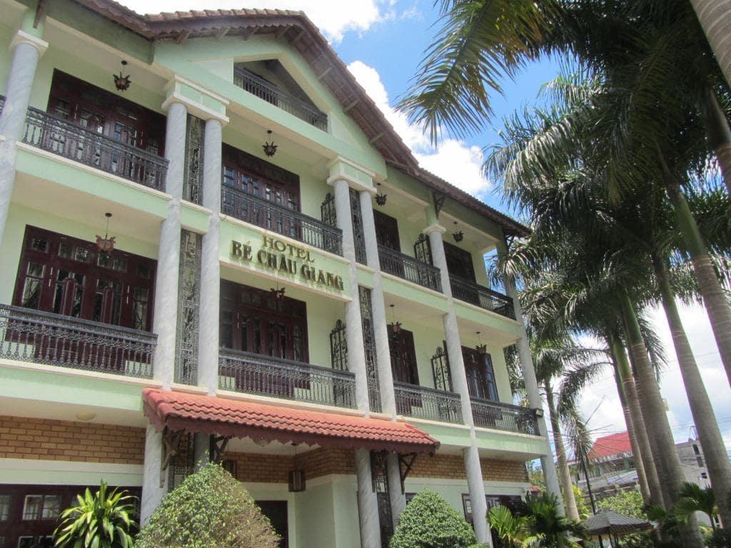 Alpine lodging: Bé Châu Giang Hotel