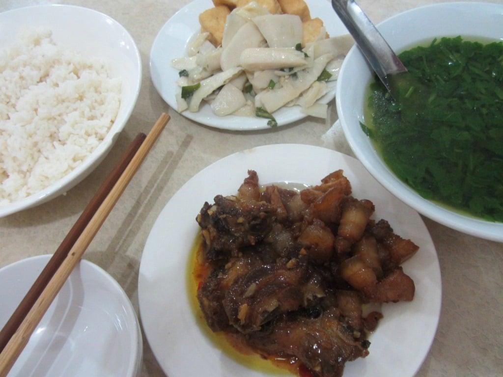 Big dinner in Sơn La