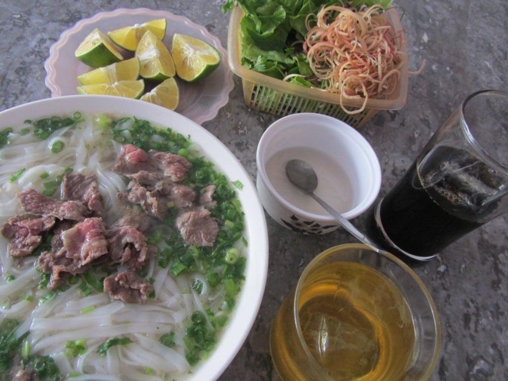 Breakfast in Bac Kan