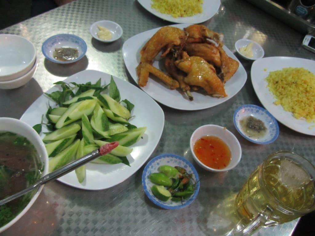 Highway dinner, Cam Ranh