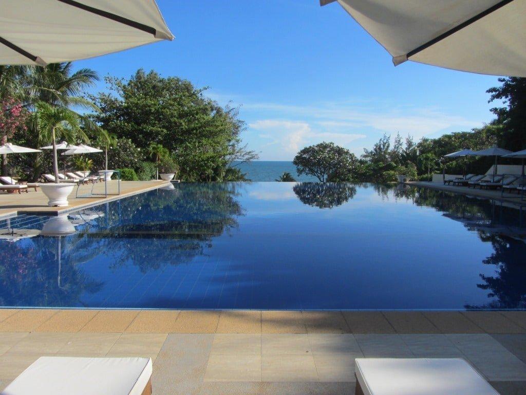 Infinity pool, Victoria Resort