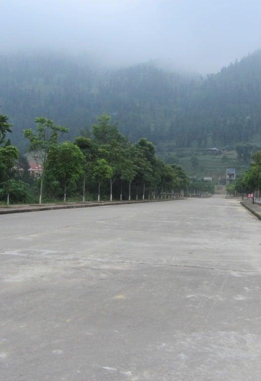 Deserted boulevards, Si Ma Cai