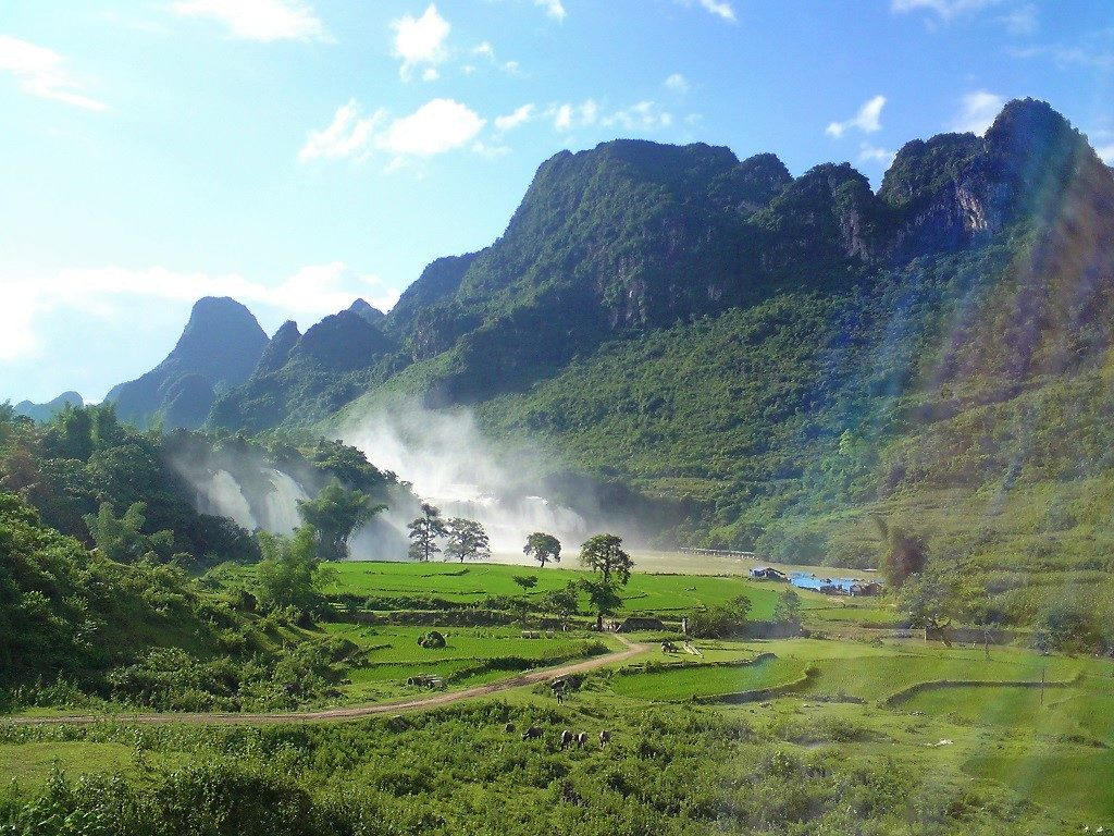 Ban Gioc Waterfall, seen from the road, Cao Bang Province