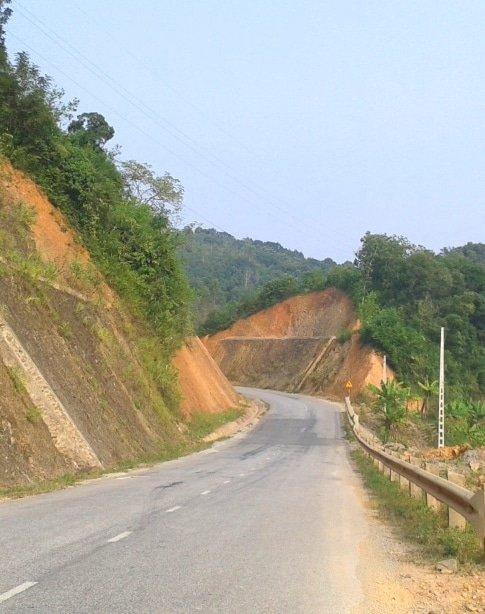 Road to Lang Son, Northeast Vietnam