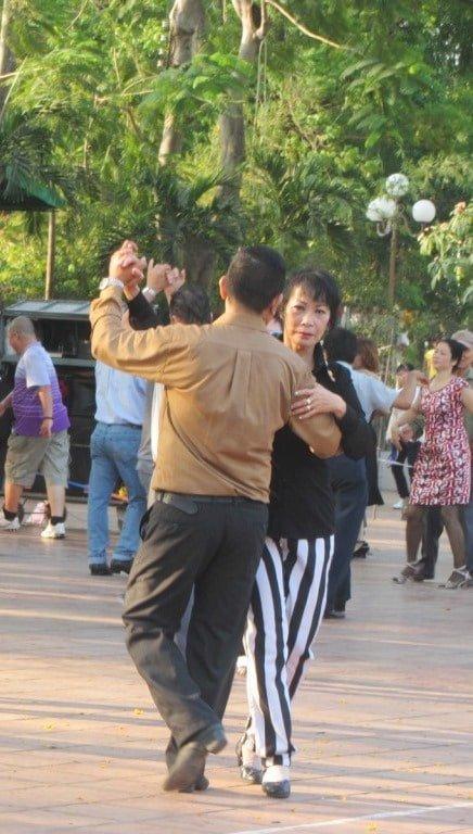 Le Thi Rieng Park, Saigon