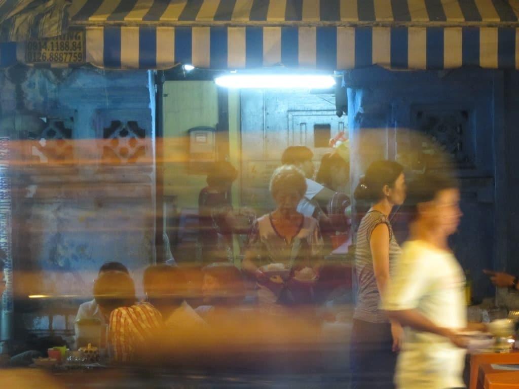 Chè Cột Điện, Saigon