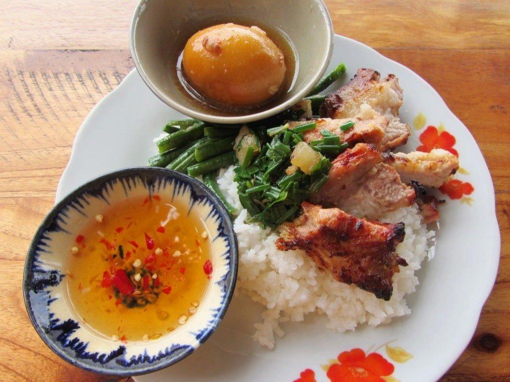 Cơm Tấm Thanh Niên, Saigon