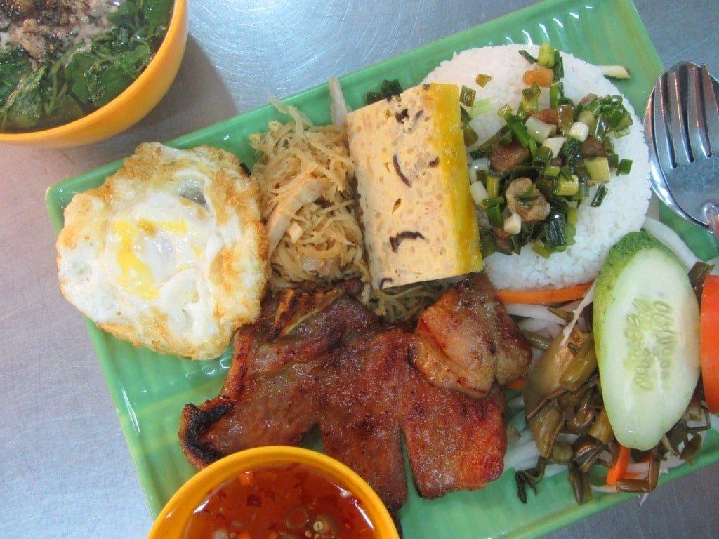 Cơm Tấm Tứ Qúy, Saigon