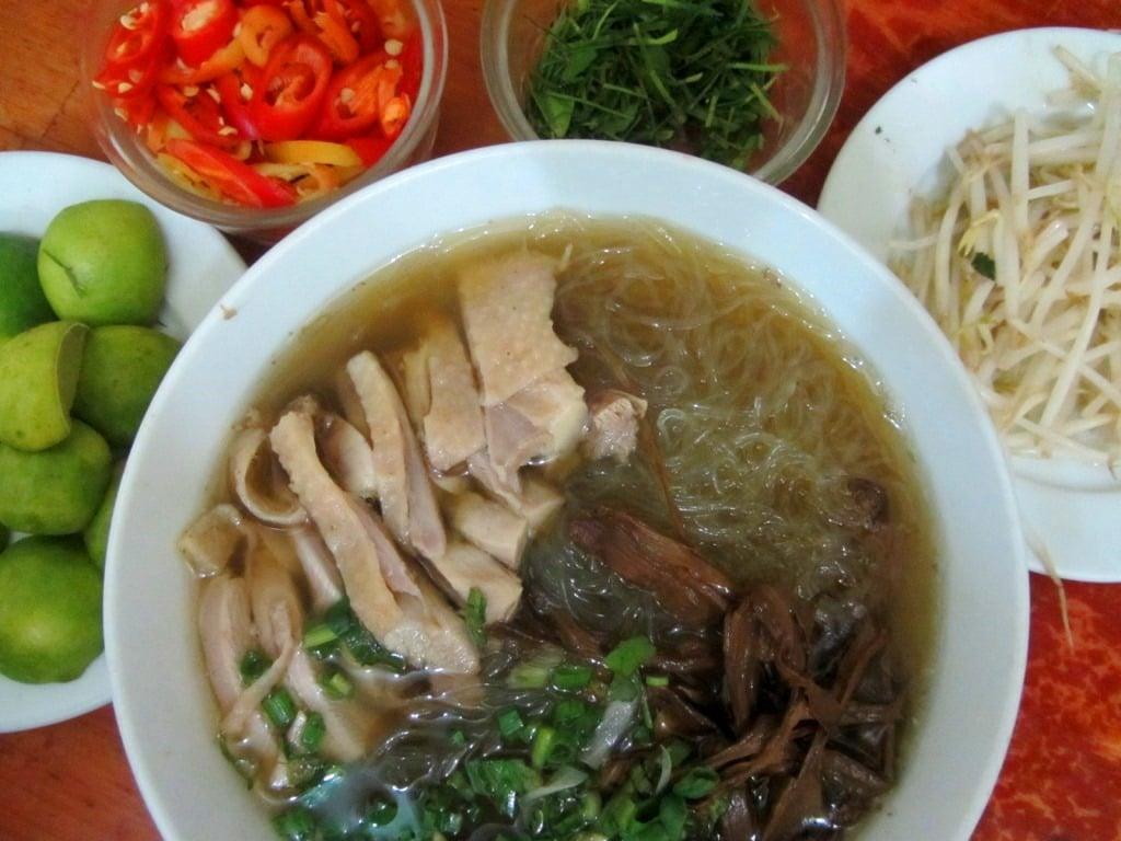 Noodle soup (mieng ga) opposite Edenstar Hotel, Saigon