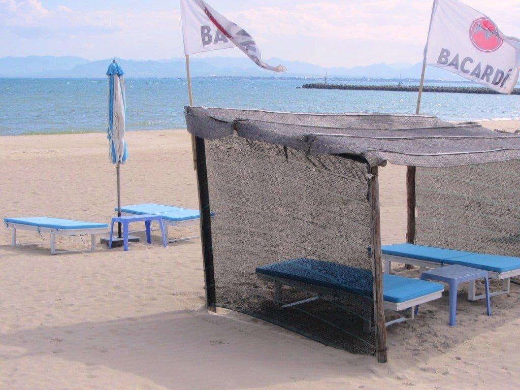 Ninh Chu Bay Beach Club camping, Phan Rang, Vietnam