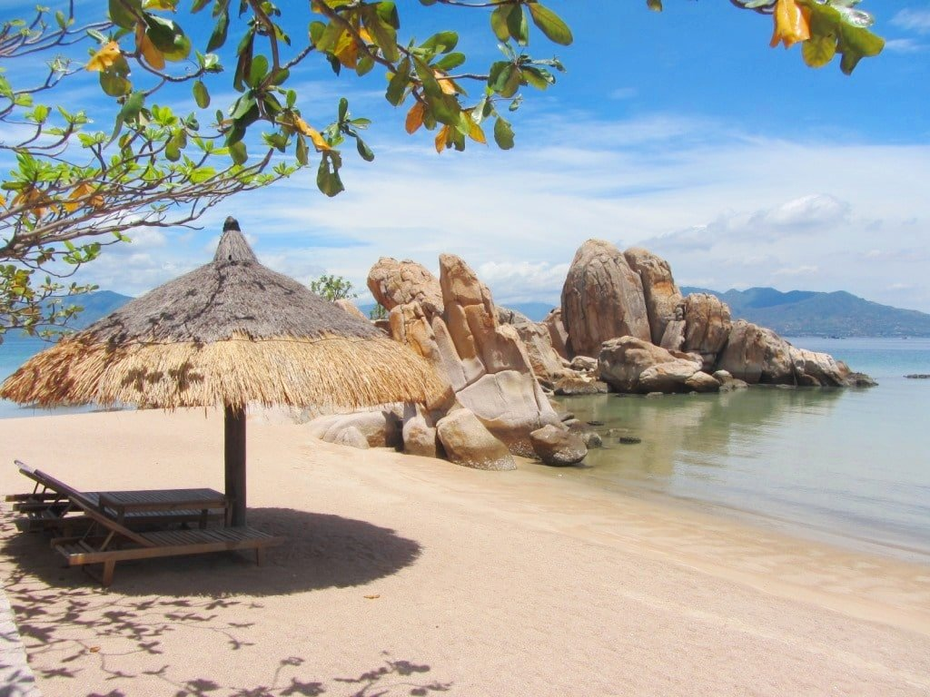Camping at Ngoc Suong, Cam Ranh Bay