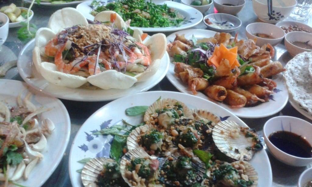 Dinner at Quán 25, Saigon