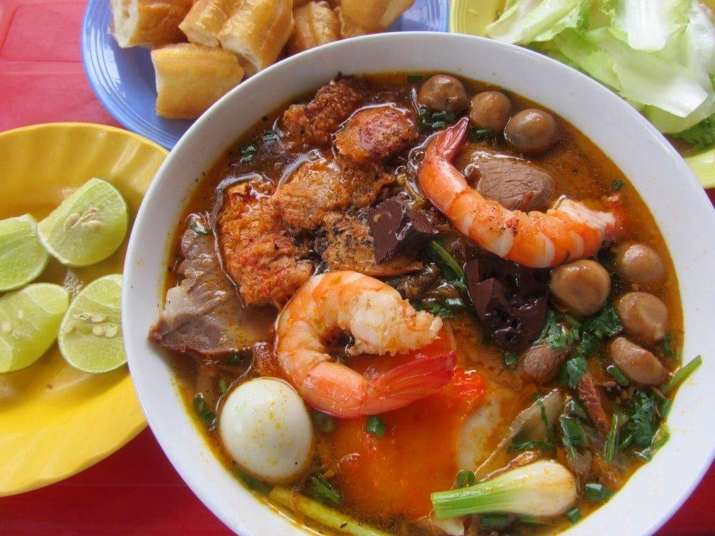 The Food Triangle, Saigon