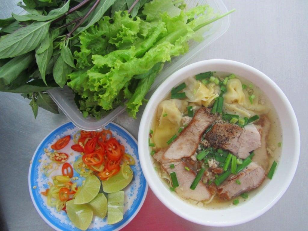 Mì hoành thánh (wonton noodle soup), Saigon, Ho Chi Minh City, Vietnam