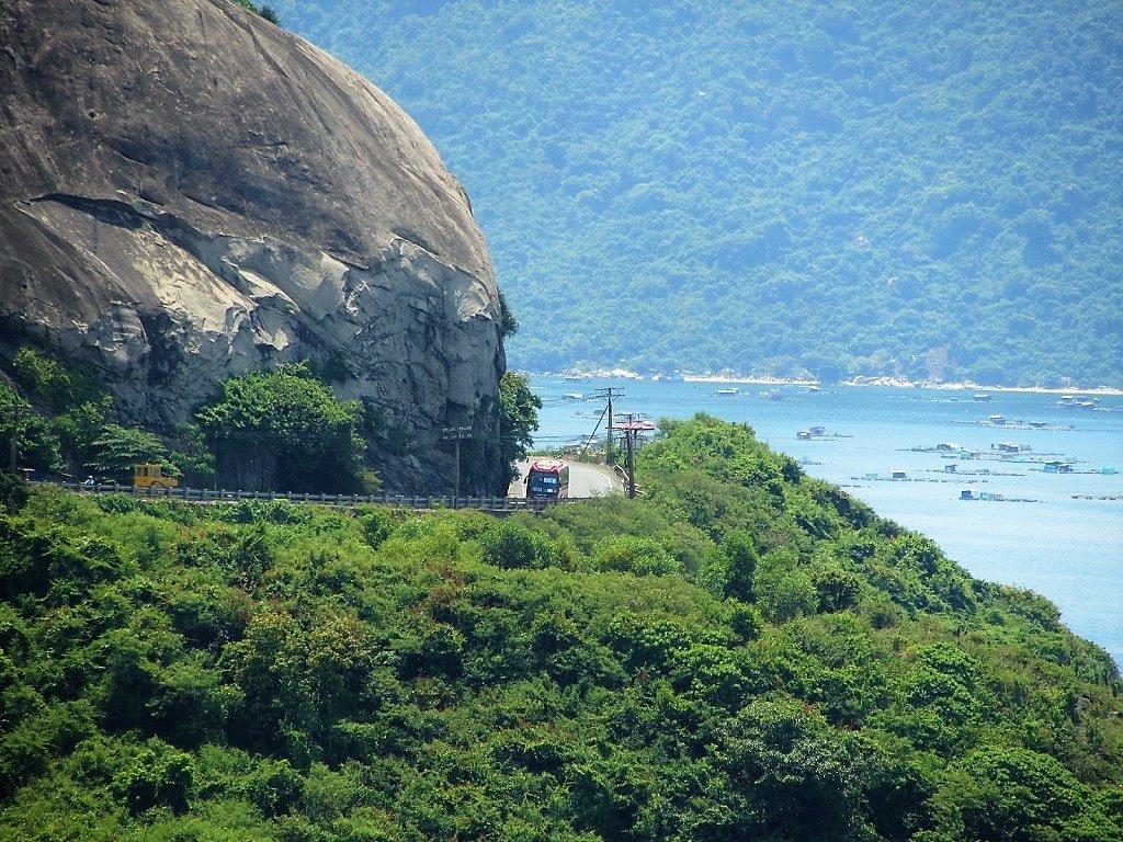 The Twin Passes: đèo Cổ Mã & Cả, Vietnam