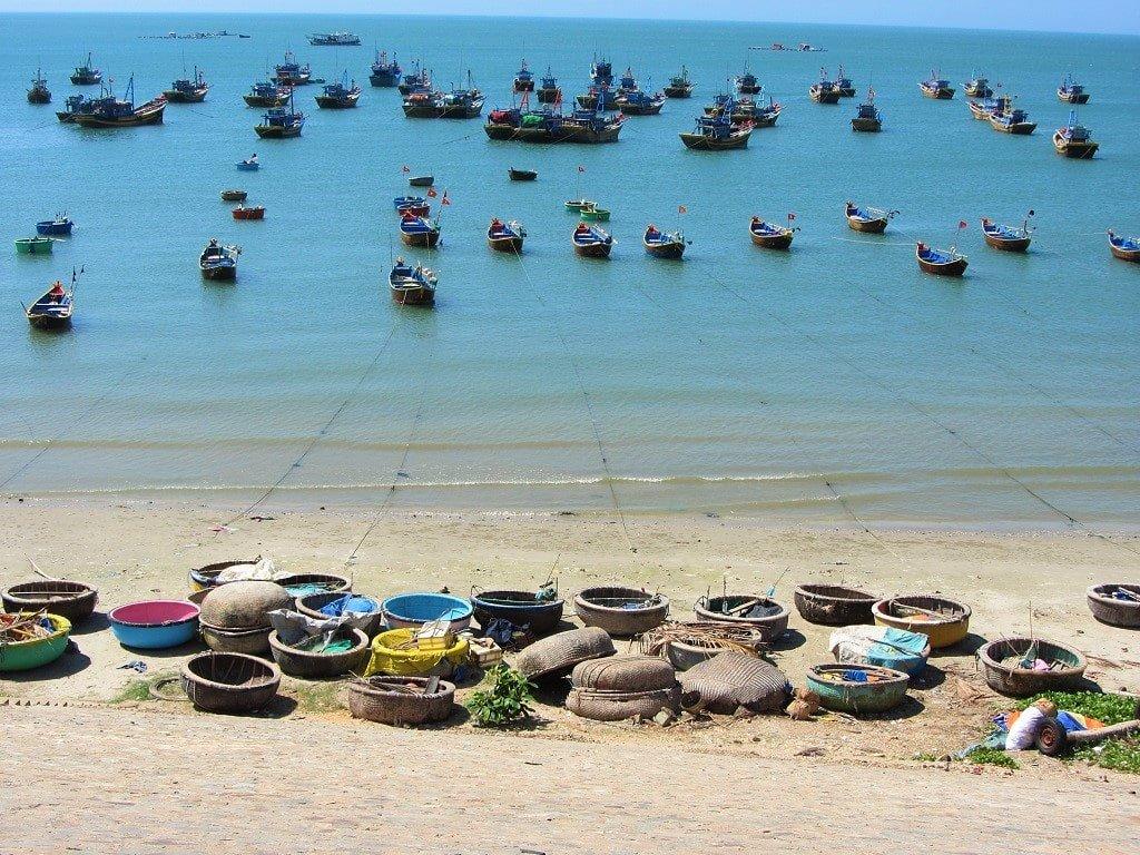 Fishing boats & coracles in Mui Ne Bay, Vietnam