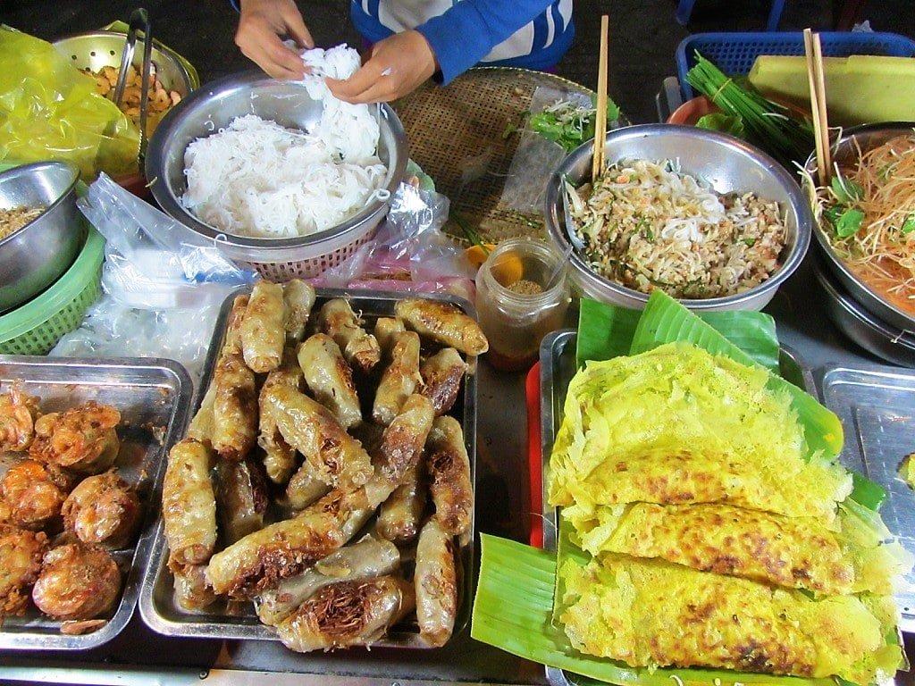 Street food, Ha Tien Night Market, Mekong Delta, Vietnam