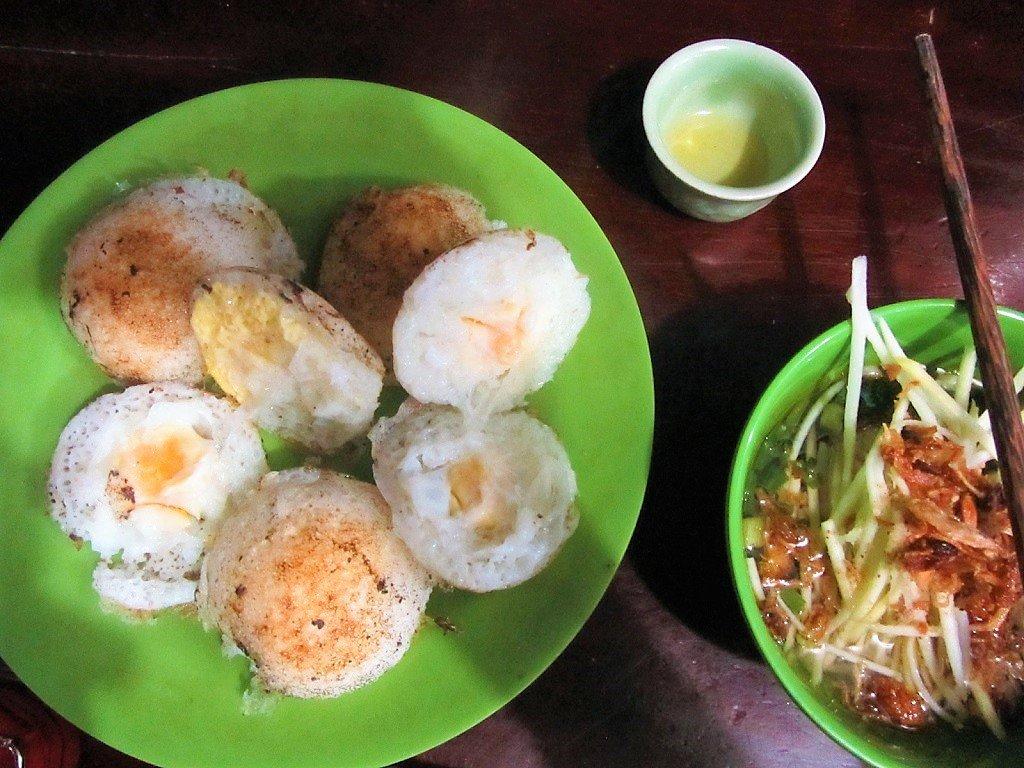 Bánh căn in Dalat, Vietnam