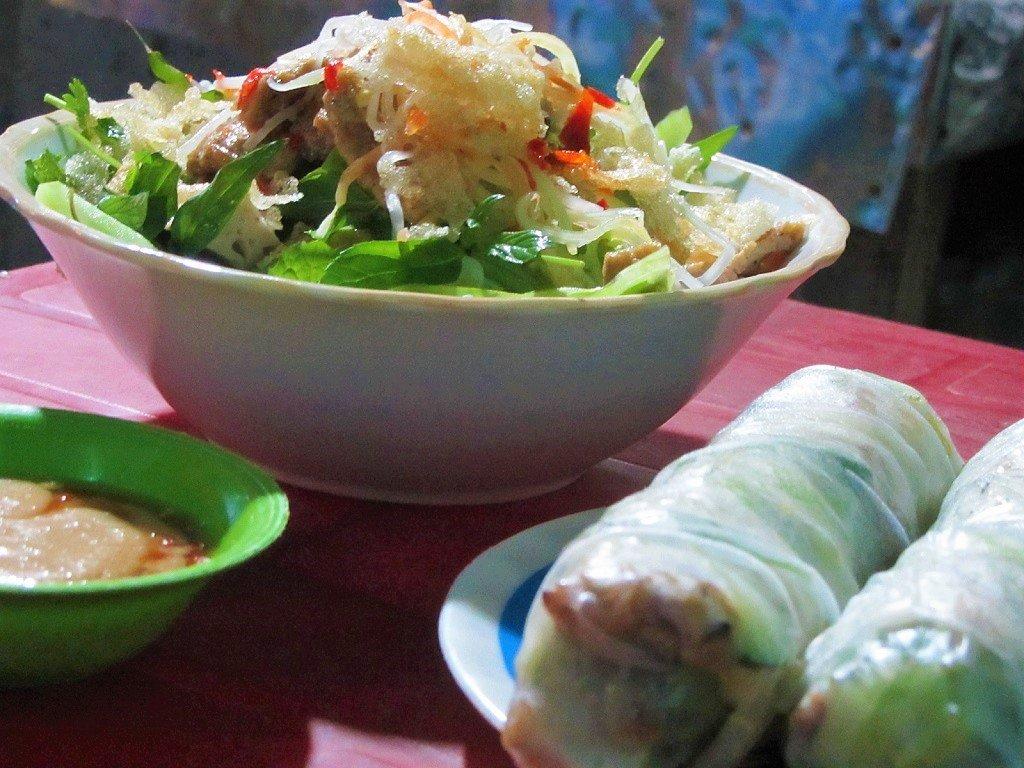 Bún thịt nướng in Quy Nhon, Vietnam