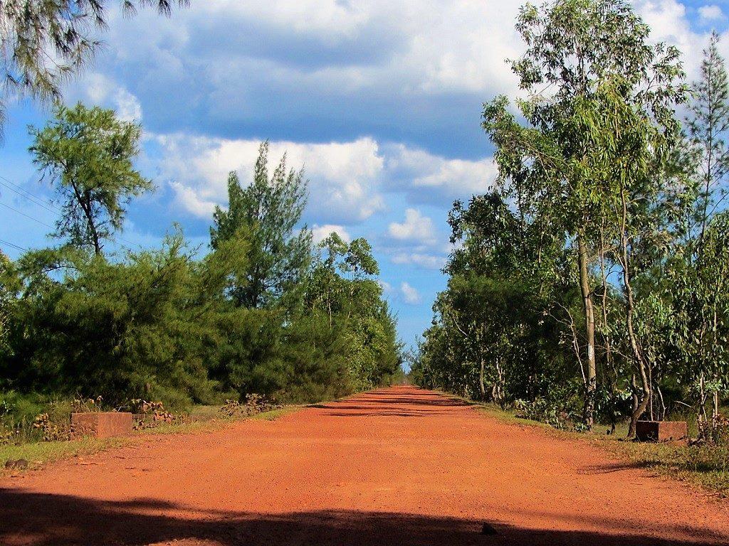 Red dirt coastal back-roads to Dong Hoi, Vietnam