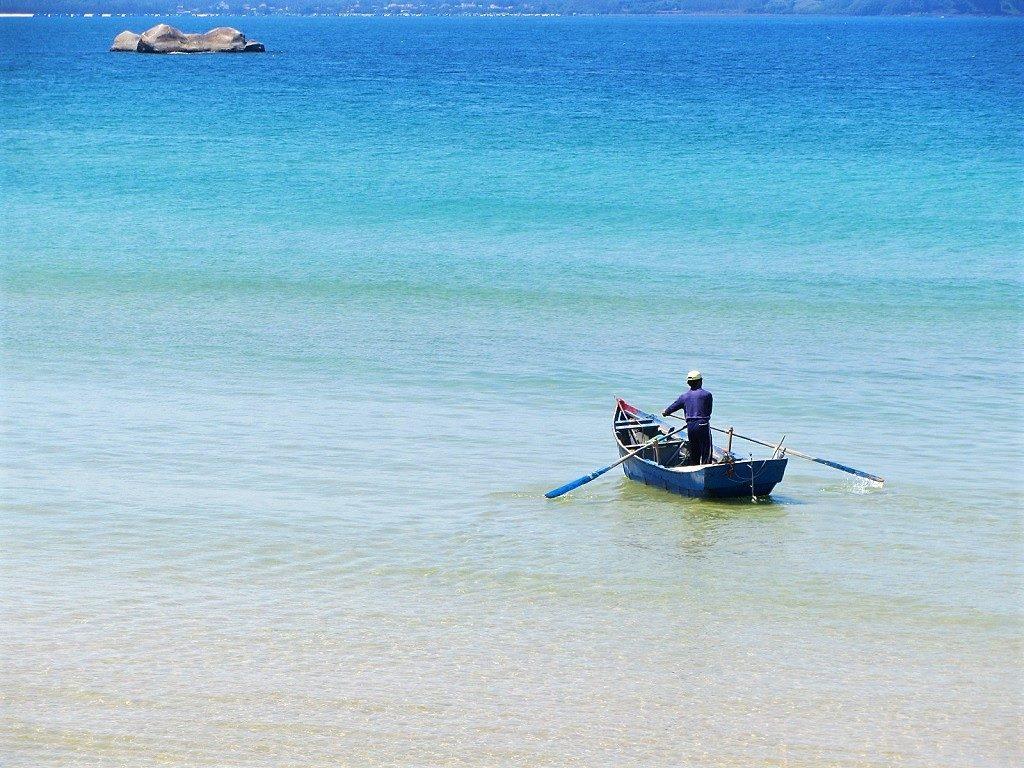 Fishing canoe, Bãi Rạng Beach, Quy Nhon, Vietnam