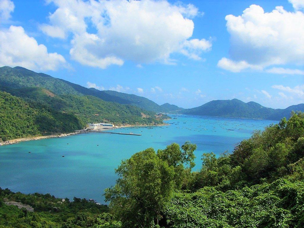 Vung Ro Bay, Vietnam