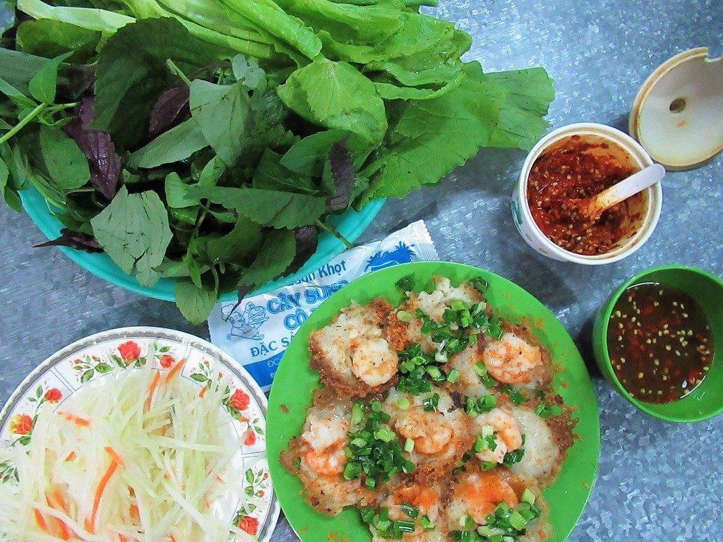 Bánh khọt Cây Sung Cô Hai, Vung Tau, Vietnam