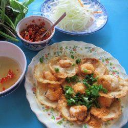 Eating Bánh Khọt in Vũng Tàu