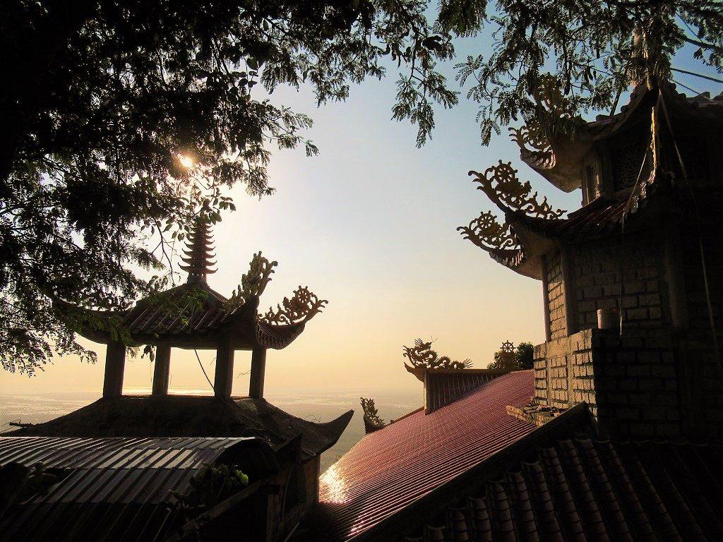 Hang Mai pagoda, Núi Dinh Mountain, Ba Ria, Vietnam