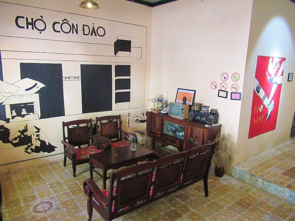 Ba La Cafe, Con Son town, Con Dao Islands, Vietnam