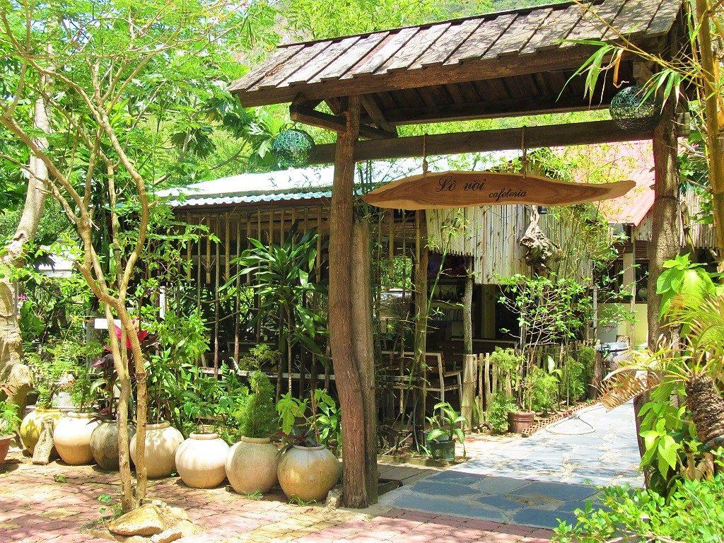 Lo Voi Cafe, Con Son Island, Con Dao Islands, Vietnam