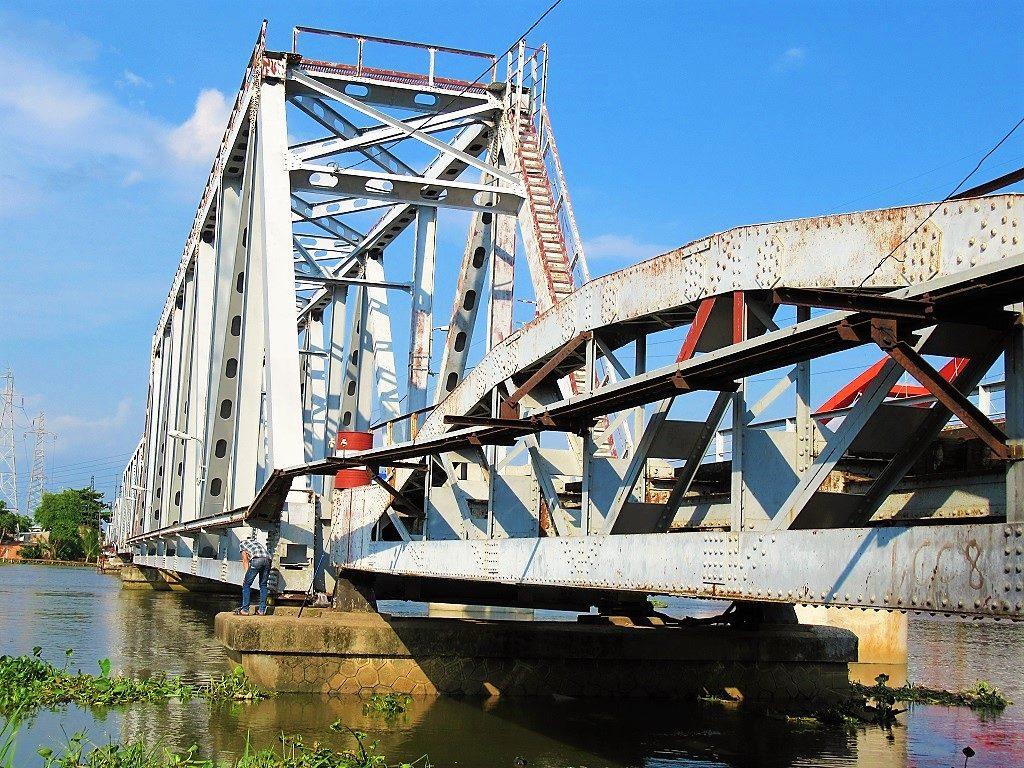 The Binh Loi rail bridge, soon to be replaced, Saigon