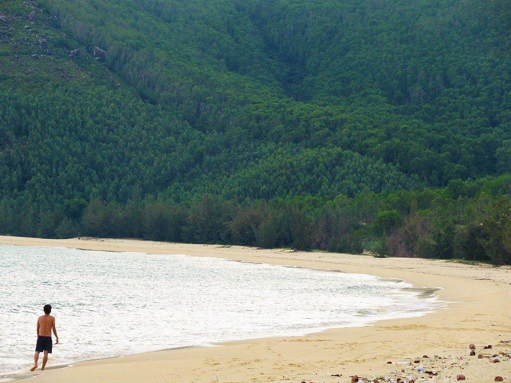 Vinh Ho & Tu Nham beach, Phu Yen Province, Vietnam