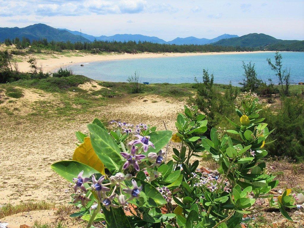 The empty beaches of Vinh Cuu Peninsular, Phu Yen Province, Vietnam