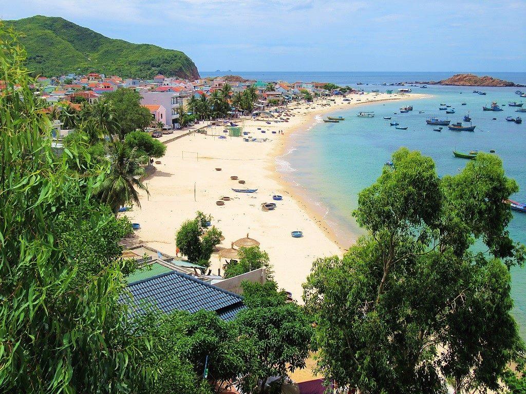 Nhon Hai beach, Phuong Mai Peninsular, Quy Nhon, Vietnam